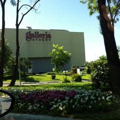 Photo taken at Galleria by Tolga Y. on 6/9/2012