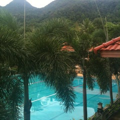 Photo taken at Koh Chang Resortel by 'Panuruj I. on 5/6/2012