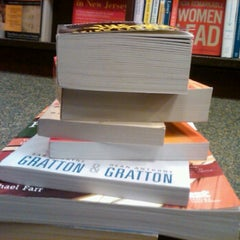 Photo taken at Barnes & Noble by Emily E. on 12/26/2011
