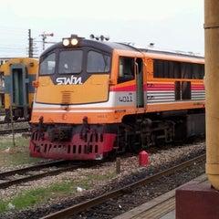 Photo taken at สถานีรถไฟสุราษฎร์ธานี (Surat Thani) SRT4239 by Kitichet C. on 4/21/2012