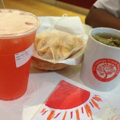 Photo taken at Tea Lounge Fresh Brewed by Gedeon Z. on 7/18/2012