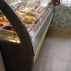 Photo taken at Gelatería Gigi Bontá by Mario V. on 5/12/2012