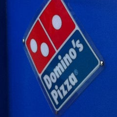 Photo taken at Domino's Pizza by Daphne Lee S. on 2/25/2012