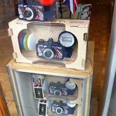 Photo taken at Lomography Gallery Store Santa Monica by Guapologa on 8/17/2012