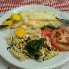 Photo taken at Restaurante Alamanda by Leandro B. on 9/22/2011