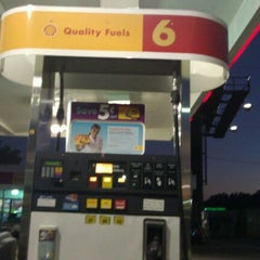 Photo taken at Shell by Redz P. on 11/6/2011