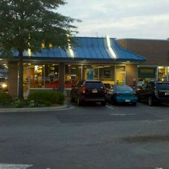 Photo taken at McDonald's by Gerald P. on 4/21/2011