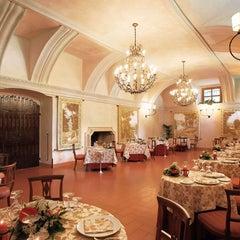 Photo taken at Palazzo Arzaga Hotel Lake Garda - Spa & Golf Club Resort by Palazzo Arzaga Hotel Spa & Golf Resort on 8/29/2011