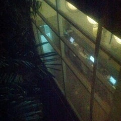 Photo taken at Gateway Hotel by Randy on 5/5/2012