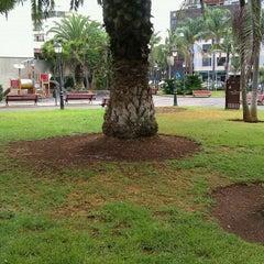 Photo taken at Parque Estudiante Javier Fernández Quesada ( Antiguo Parque Los Dragos) by Fernando L. on 10/17/2011