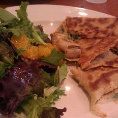 Photo taken at Crepes Parisiennes by La B. on 8/26/2011
