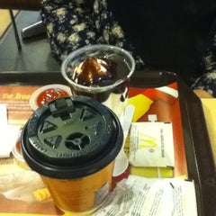 Photo taken at McDonald's by Xhah I. on 1/18/2012