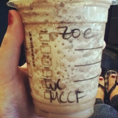 Photo taken at Starbucks by Zoey on 8/9/2012