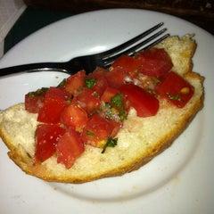 Amici trattoria 726 728 burke rd for Amici italian cuisine boston ma