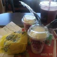 Photo taken at McDonald's by Michael G. on 8/17/2012