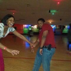 Photo taken at Sparkles Family Fun Center by Derrick J. on 11/8/2011