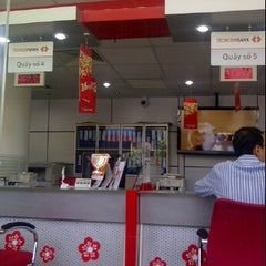 Photo taken at Techcombank - Center Point by Trung D. on 1/9/2012