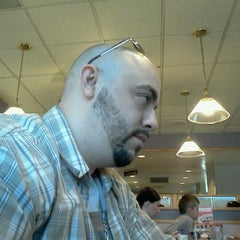 Photo taken at Denny's by Hector V. on 9/25/2011