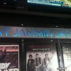 Photo taken at Jammin Java by 🇬🇧Alphonso G. on 4/16/2012