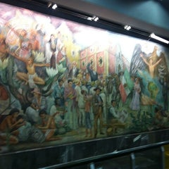 Photo taken at Metro Universidad (Línea 3) by Israel V. on 3/12/2012