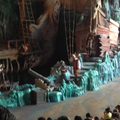 Photo taken at The Eighth Voyage Of Sindbad Stunt Show by Just J. on 5/11/2012