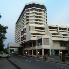 Photo taken at Sigma Resort Jomtien Pattaya by Владислав Ч. on 2/17/2012