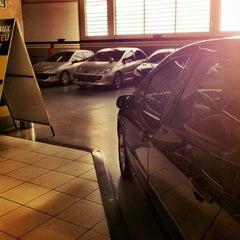 Photo taken at Peugeot BORDEAUX by Leo C. on 4/5/2012