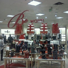 Photo taken at Macy's by Marcelle on 12/21/2011