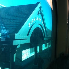 Photo taken at Metra - Highland Park by Dania R. on 12/10/2011