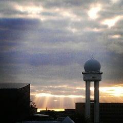 Photo taken at Tempelhofer Park by maltejk on 5/13/2012