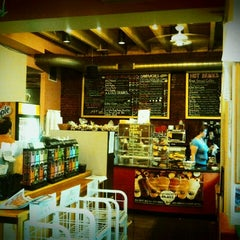 Photo taken at The Daily Grind (aka The Fells Grind) by lindsey s. on 7/22/2011
