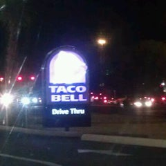Photo taken at Taco Bell by Diego A. on 1/14/2012