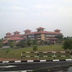 Photo taken at Universiti Teknologi MARA (UiTM) by teesha z. on 6/17/2012