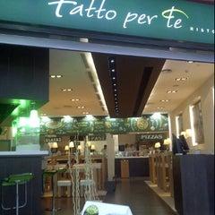 Photo taken at Ristorante Fatto Per Te by Alejandro A. on 11/20/2011