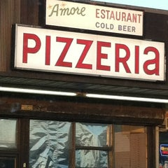 Photo taken at Amore Pizzeria by Eve Y. on 4/27/2012