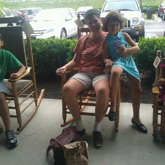 Photo taken at Cracker Barrel Old Country Store by Ray S. on 9/1/2012