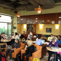 Photo taken at AU – Davenport Coffee Lounge by Darko S. on 4/22/2012