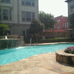 Photo taken at Camden Midtown Pool by Nikki P. on 8/27/2011