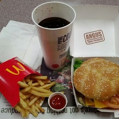 Photo taken at McDonald's by Akira H. on 1/6/2012