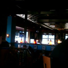 Photo taken at TGI Fridays by R A. on 1/16/2012