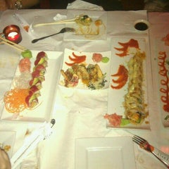 Photo taken at Butterfly Sushi Bar & Thai Cuisine by Roxanne M. on 10/8/2011