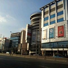 Photo taken at พันธุ์ทิพย์ พลาซ่า งามวงศ์วาน (Pantip Plaza Ngamwongwan) by p.pu on 11/2/2011