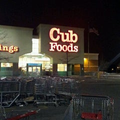 Photo taken at Cub Foods by Steve R. on 2/28/2012