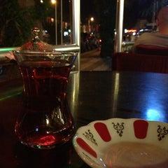Photo taken at Üsküdar Çaycısı by Sinan C. on 9/6/2012