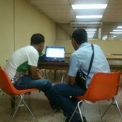 Photo taken at Biblioteca Simón Bolívar by Garih J. on 5/5/2012