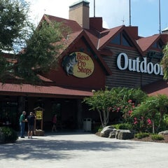 Photo taken at Bass Pro Shops by Tammy T. on 7/30/2012