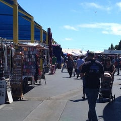 Photo taken at Oakland Coliseum Flea Market by Victor A. on 6/30/2012