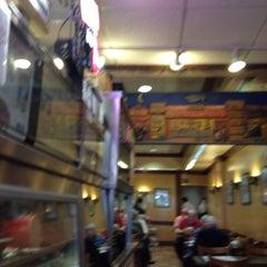 Photo taken at Ben's Best Kosher Delicatessen by dada D. on 4/2/2012
