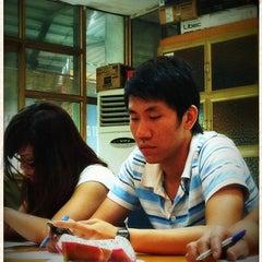Photo taken at Báo An Ninh Thủ Đô by Hi Stranger on 6/4/2012