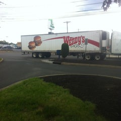 Photo taken at Wendy's by Cristina C. on 6/7/2012